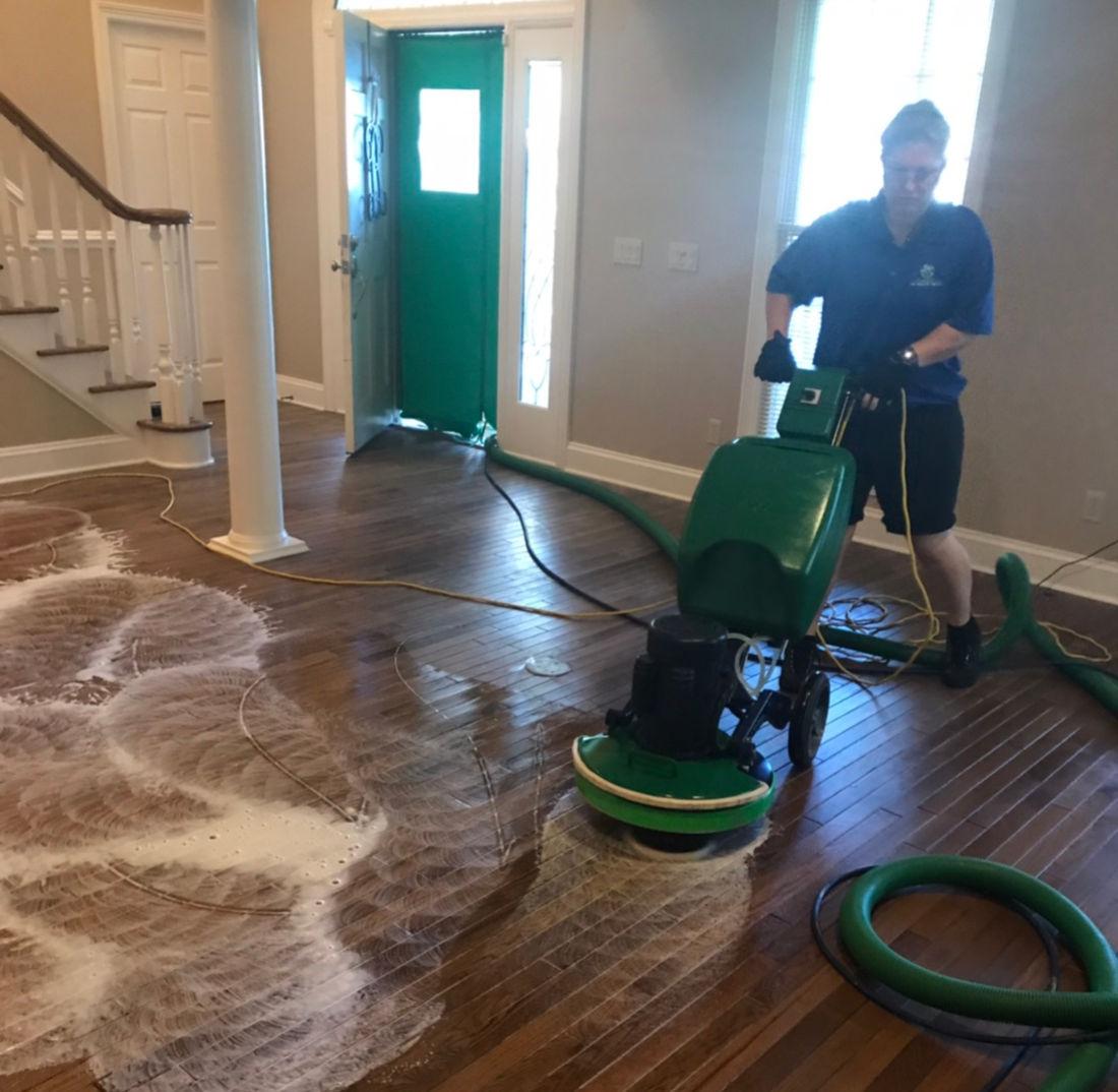 Wood Floor Cleaning Polishing